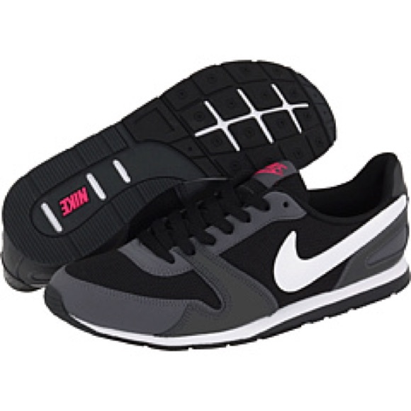 best authentic 9a5bf 0538c Nike Eclipse II Sneakers. M 5ba5024712cd4a45193cf0ee